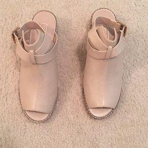 Topshop tan open toe boot sandals Size 38 7.5
